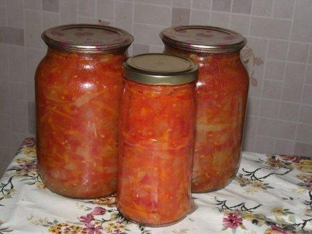 лечо из помидор, перца, лука и моркови
