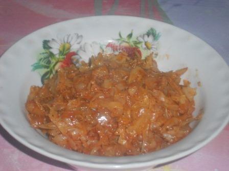 капуста с томатом