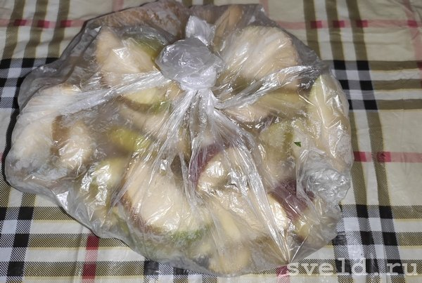 яблоки в морозилке
